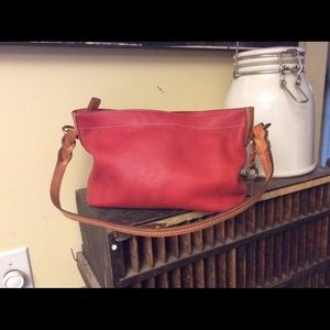 Fossil small leather shoulder bag with key fob